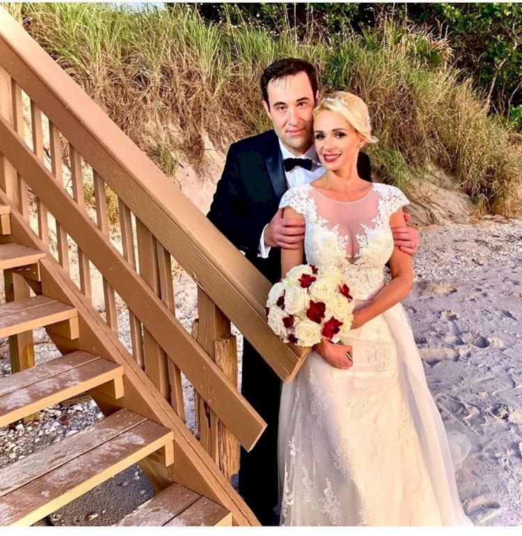 Catrinel Sandu s-a căsătorit religios la malul Oceanului Atlantic