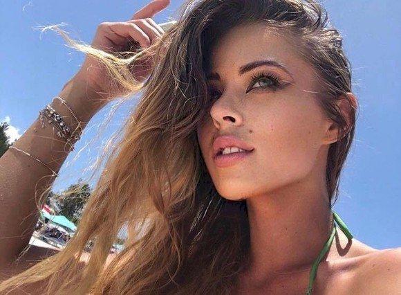 Roxana Nemeș: «Am fost mută până la 3 ani. Mama m-a dus la logoped