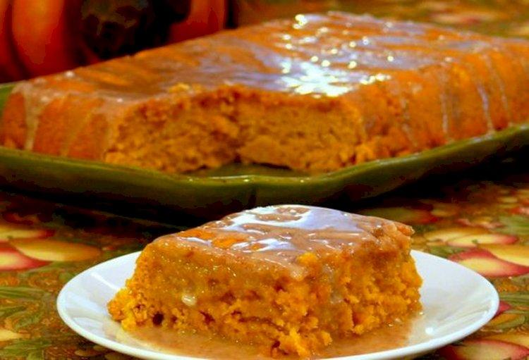 Prăjitură cu piure de dovleac, o reţetă delicioasă cu foarte puţin ingrediente
